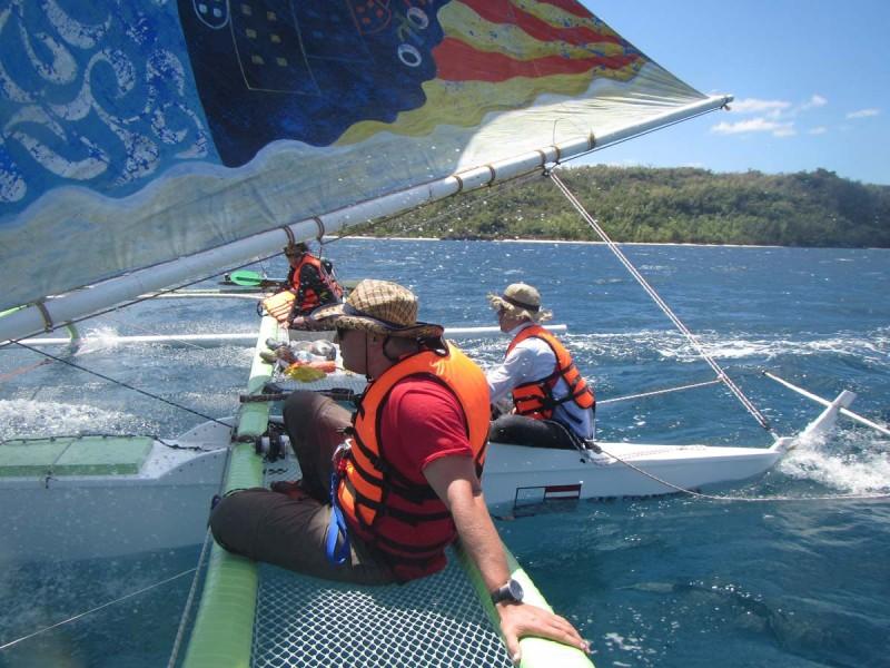 sailing_ambulong